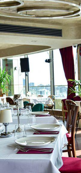 Mon-Amour-Hilton-Restaurant